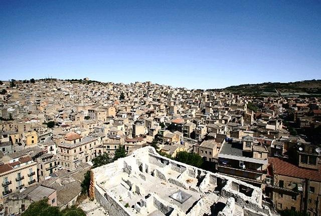 I ruderi ruines del Castel Bonanno