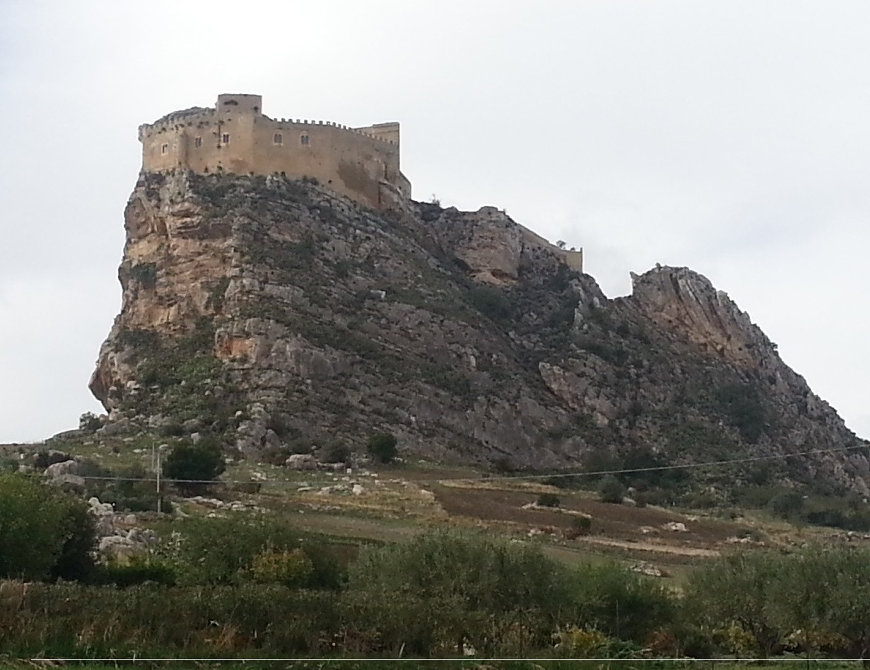 MUSSOMELI Castello Chiaramonte